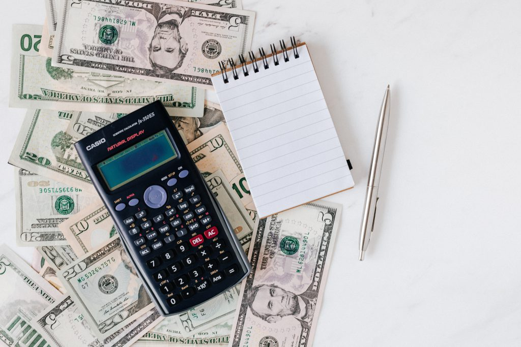 Managing finances as a nonprofit, how? Using the best software can help